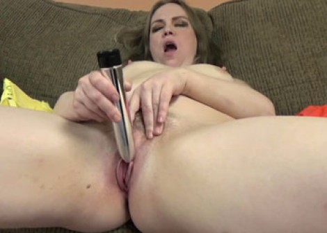 Chubby MILF Chasity is playing with a dildo